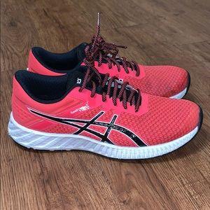 Women's ASICS FuzeX-Lyte Running Sz 10
